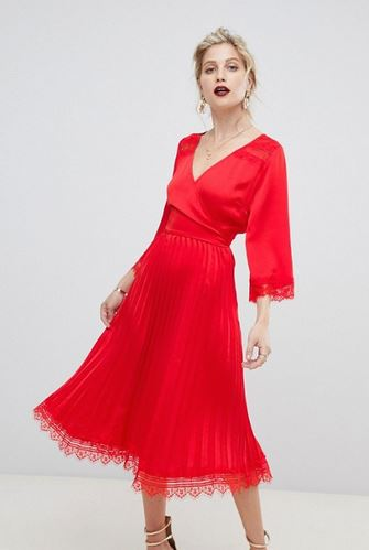 Liquorish pleated dress