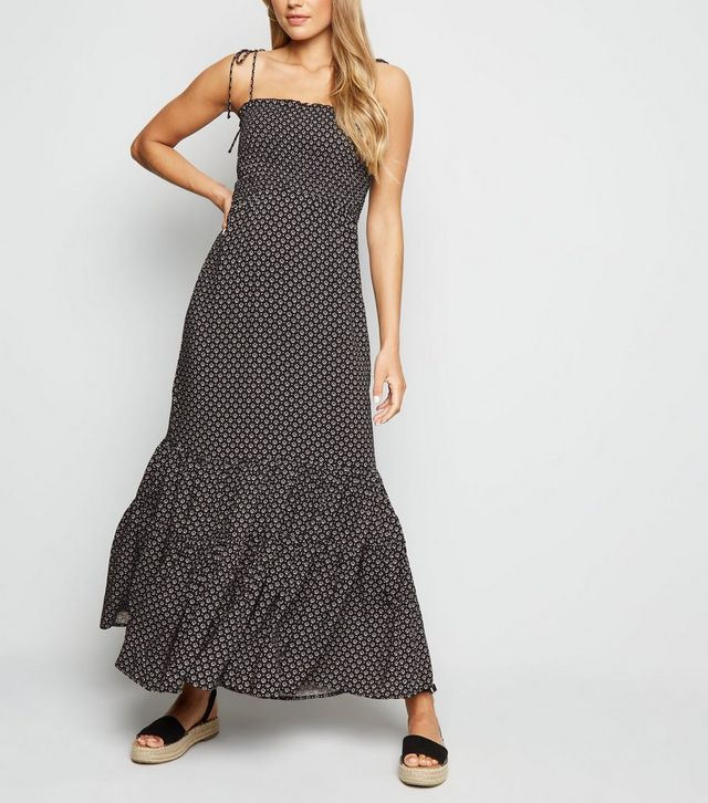 new look black-geometric-shirred-tiered-maxi-dress