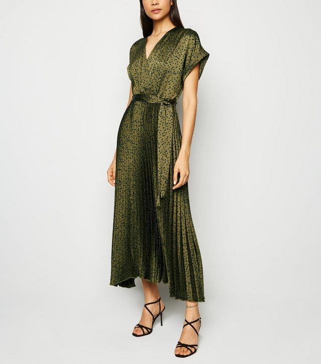 new look green-satin-spot-pleated-midi-dress