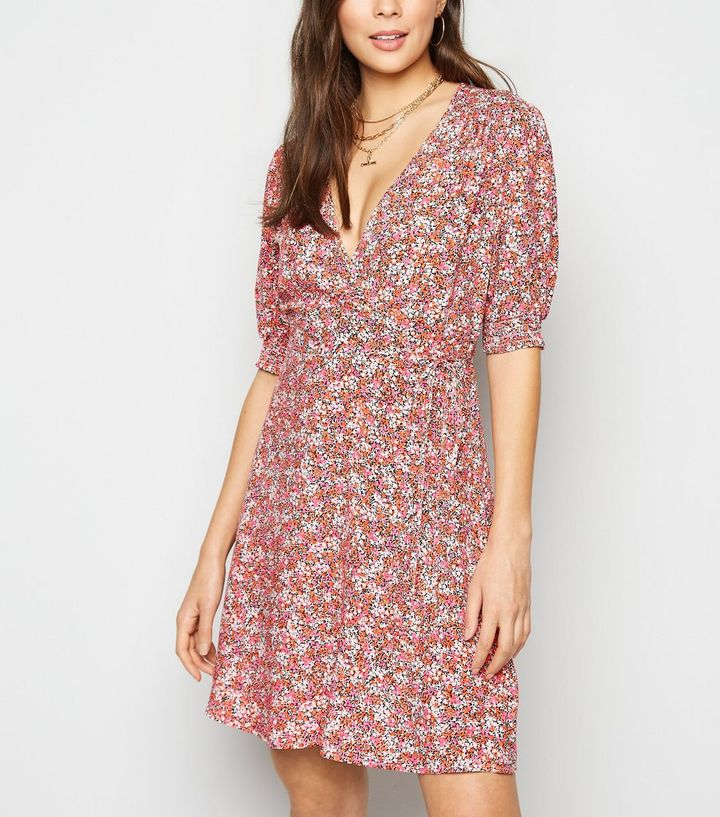 pink-floral-shirred-wrap-dress